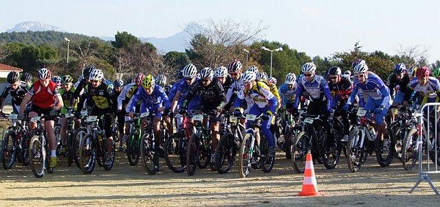 Collines de Carnoux dans compte-rendus des courses course-VTT-Ufolep-carnoux-2012-044dep
